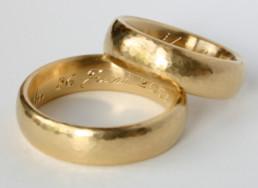 Gravur für Hochzeitsringe aus öko-fairtrade Gold